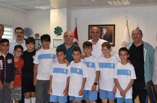 Kurşunluspor U12 takımından belediyeye ziyaret
