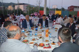 Hasan Çetin'den Okul yöneticilerine iftar