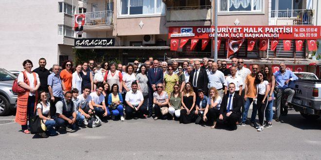CHP Gemlik'te bayram coşkusu