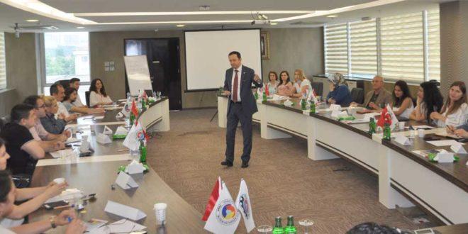 GTSO'da liderlik eğitimi semineri sürüyor