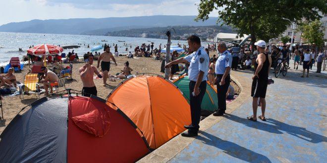 Kumla sahilindeki çadırlar kaldırılıyor