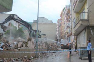 Metruk binalar yıkılıyor Gemlik nefes alıyor