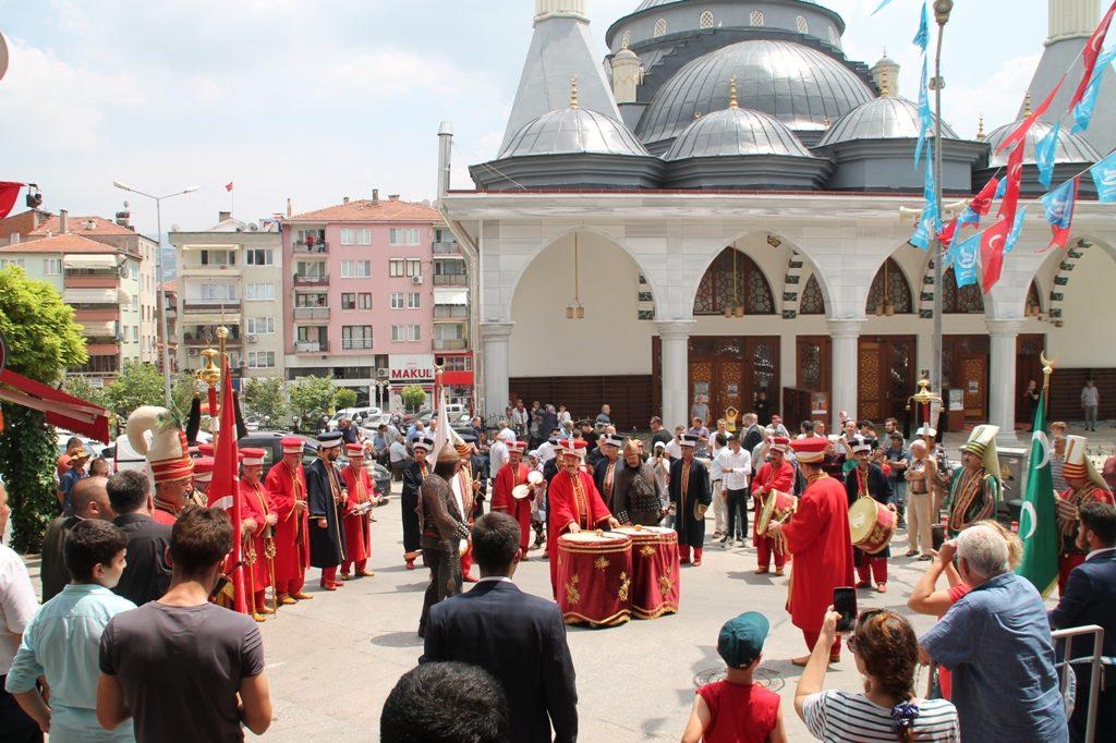 Gemlik Ülkü Ocakları Yeni Binasının Açılışını Yaptı