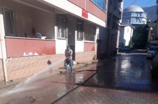 Gemlik Belediyesi'nin temizlik hamlesi sürüyor
