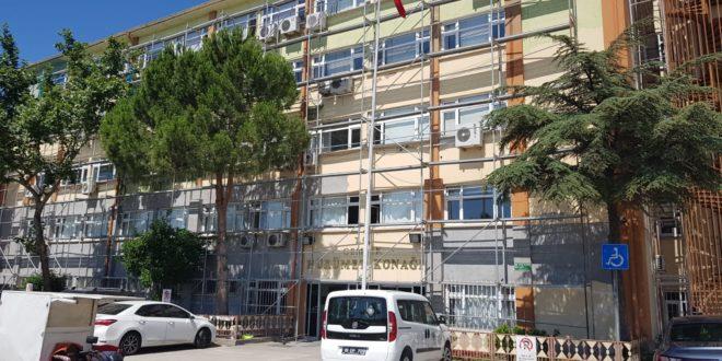 Yıkılacak Binaya Dış Cephe Kaplaması