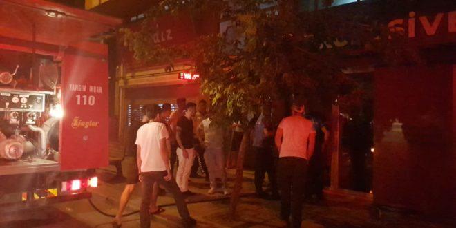 İstiklâl Caddesinde İşyeri Yangını
