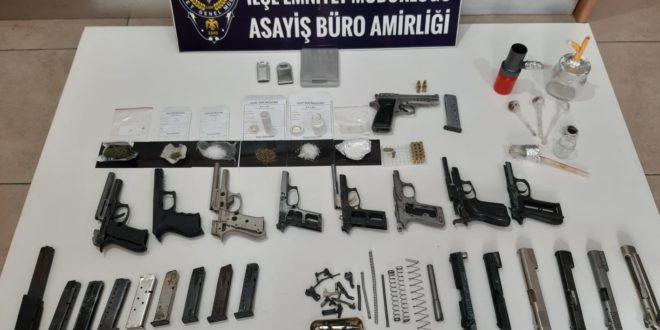 Gemlik Emniyetinden Silah ve Uyuşturucu Baskını