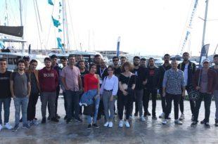 Gemlik Denizcilik Topluluğu Boat Show Fuarını Ziyaret Etti