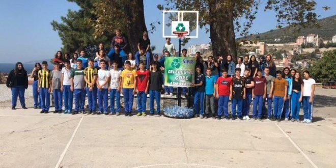 Gemport Anadolu Lisesinde Geleceğini Çöpe Atma Kampanyası