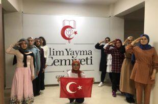 İlim Yayma Kız Yurdu Öğrencilerinden Asker Selamı