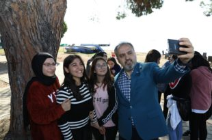 Başkan Aktaş, gençlerin kamp heyecanına ortak oldu