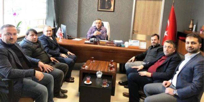 Ak Parti Heyetinden Başhekim Çelenkoğlu'na ziyaret