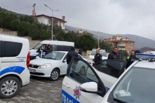 Gemlik'te Emniyet Binası ve Araçları İlaçlandı
