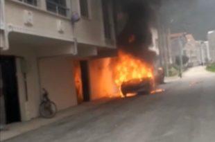 Gemlik'te otomobil alev alev yandı...