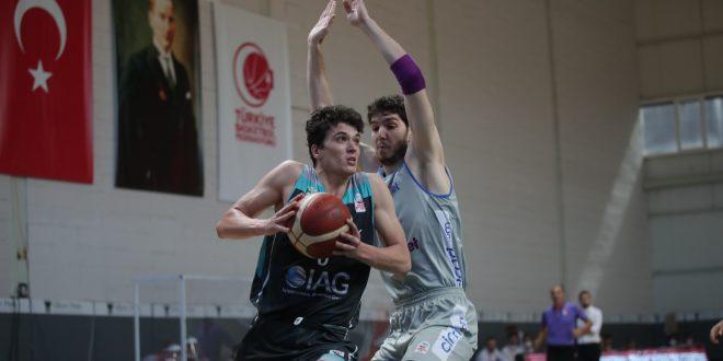 Budo Gemlik Basketbol'da 6 Basketbolcu sokağa çıkma yasağına takılıyor….