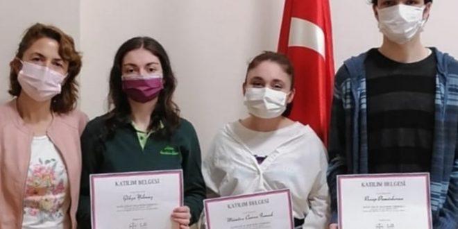 Hisar Anadolu Lisesi öğrencileri uluslararası başarıya koşuyor