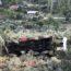 Gemlik'te 100 tonluk vinç zeytinliğe yuvarlandı