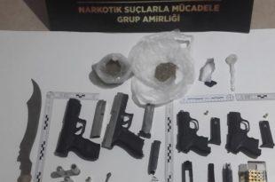 Baskında Uyuşturucu ve Silah Yakalandı