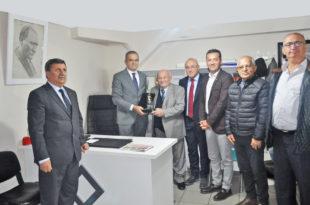 Ali Galip Arı'ya 40. yıl onur plaketi