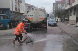 Belediyeden sokak sokak temizlik