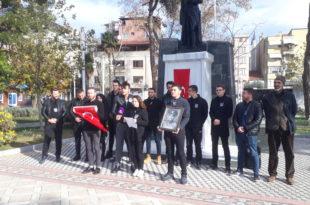 CHP Gemlik Gençlik Kolu üyeleri Şehit Kubilay'ı andı
