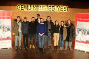 CHP'li gençlerden anlamlı bağış