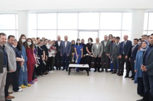 AK Parti Heyetinden Doktorlara bayram ziyareti