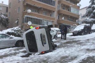 Gemlik'te Kar yağışı kazaları da beraberinde getirdi