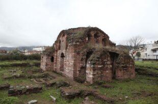 Kurşunlu Aziz Aberkios adına yapılan kilise turizme açılmayı bekliyor