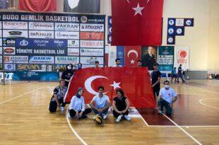 Gemlik Gençlik Merkezinden 19 Mayıs Hatırasına Voleybol turnuvası