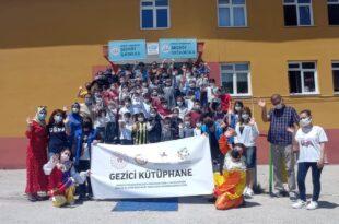 Gemlik Gençlik MerkeziGezici Kütüphaneyle Seç Köy 'de